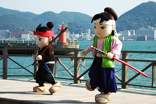 武蔵・小次郎決闘の寸劇 着ぐるみバージョン 画像